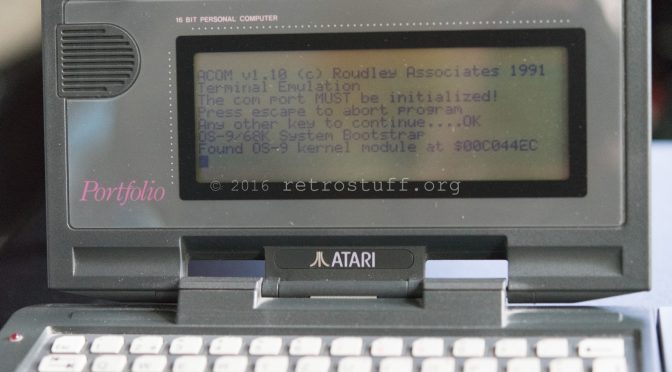 Serial Terminal on Atari Portfolio and Atari Card Drive HPC-301