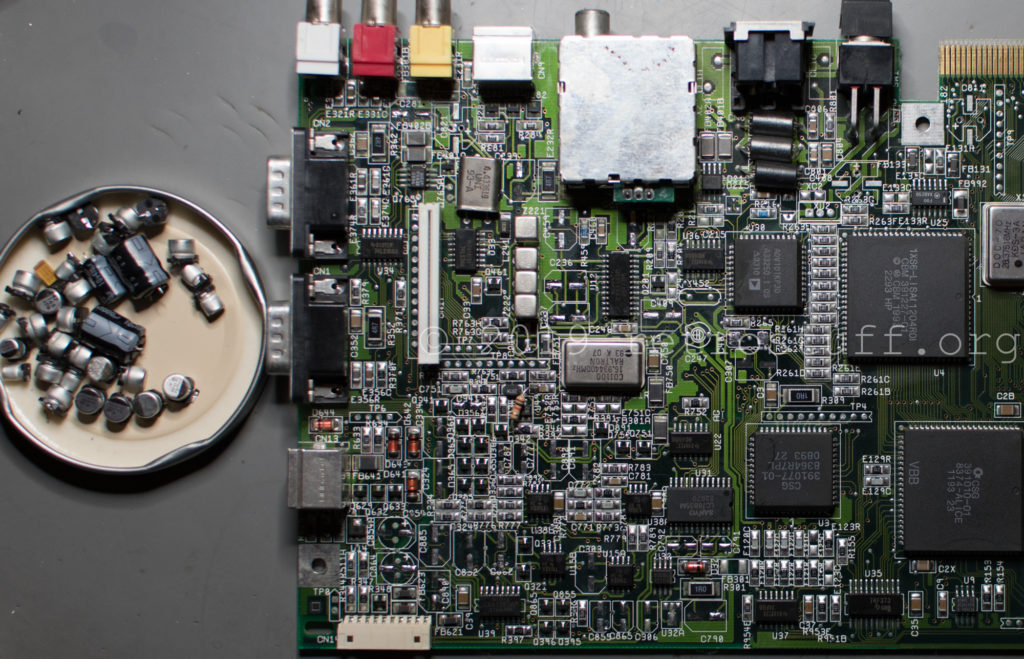 Amiga CD³² PCB (capacitors removed)