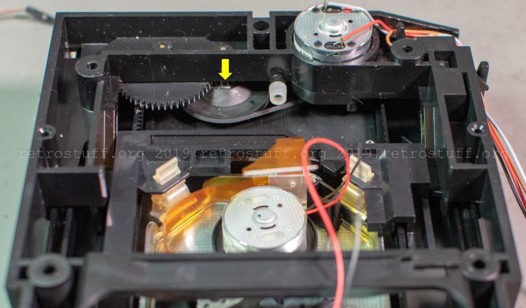 Philips CDI605T ODD (squeaky wheel)