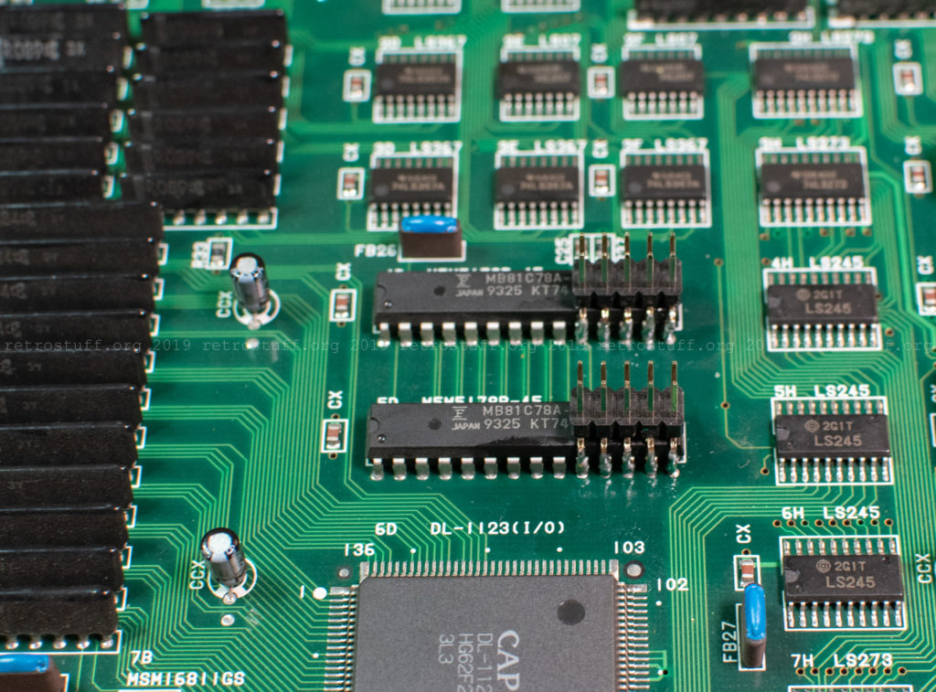 CPS2 digital AV interface: 2x5 headers on the M5M RAM chips