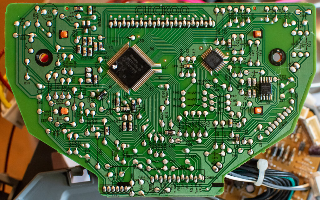 Cuckoo CRP-N0681F mainboard - back